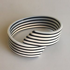 Vintage black and white wrap bracelet